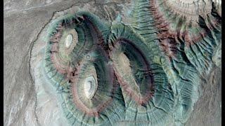 Масштабы поражают. Один из самых гигантских допотопных карьеров на Земле