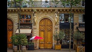 Франция. Удивительная и красивая архитектура Парижа. Изба и Юрта в столице Франции.