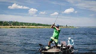 ЗАПРЕЩЁННАЯ СНАСТЬ в Украине! Рыба ДУРЕЕТ! Подобрал ключик.