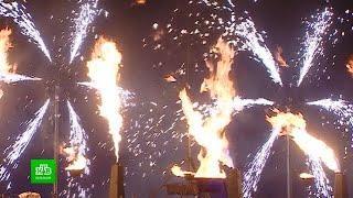 Центр Петербурга озарился огненным шоу