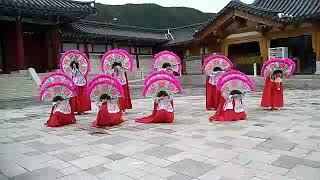 Корейский танец