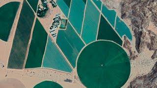 Нелогичные заборы в Африке  Странные дюны  Что было до гор