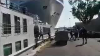 Cruise ship crashes into dock